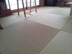 畳交換。琉球畳。