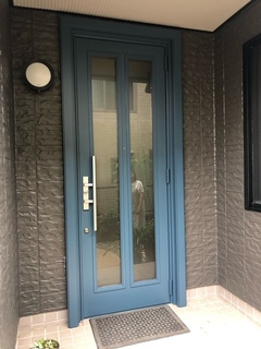 玄関ドア塗り替え